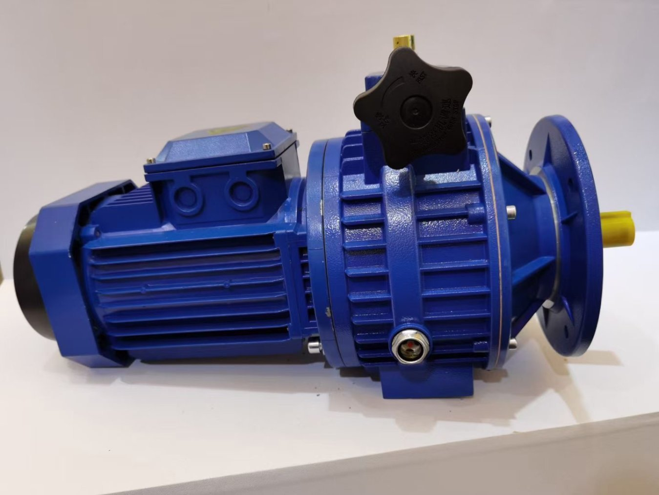 Gearbox for the Motor 1KW need Torque Capacity of 200-300 N.m