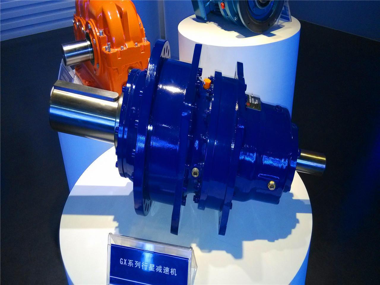 Wind turbine gearbox