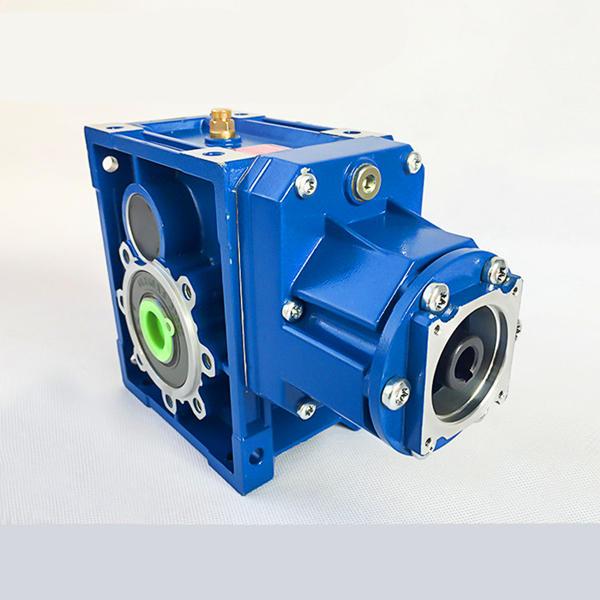 Hypoid gearbox design